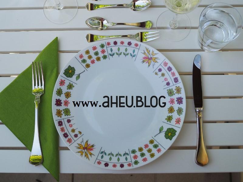 Teller mit aHEU.BLOG Logo