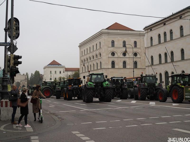 Traktoren, Ludwigstraße