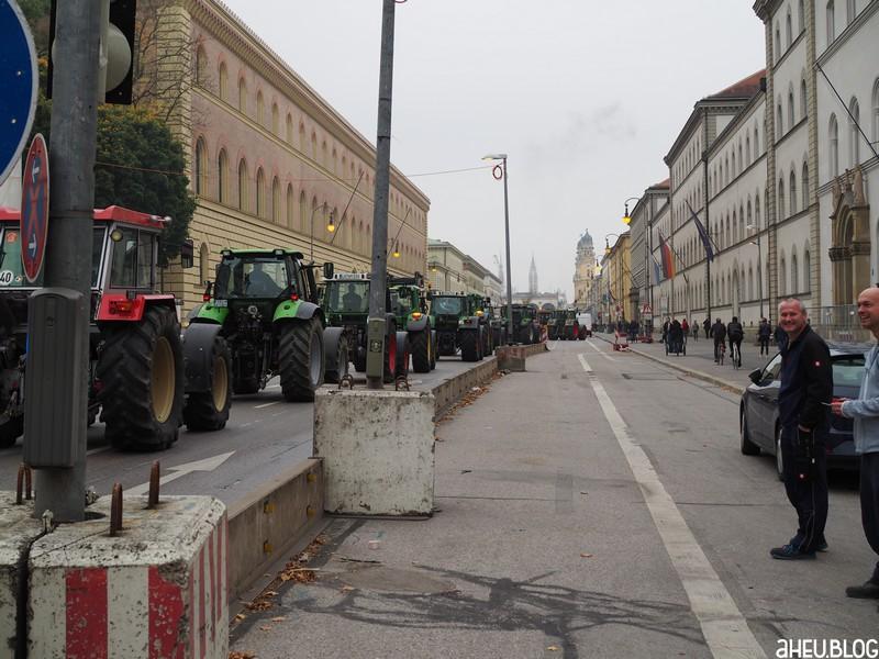Traktoren, Ludwigstraße, Feldherrenhalle