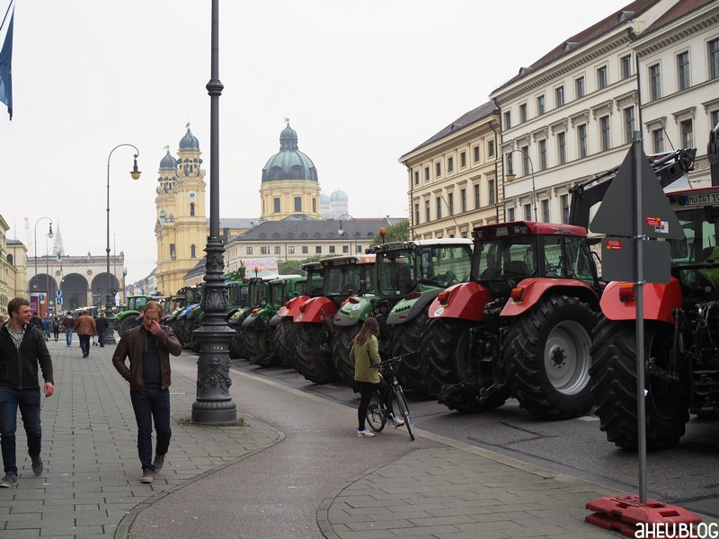 Traktoren Ludwigstraße